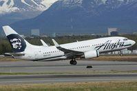 N627AS @ PANC - Alaska Airlines Boeing 737-700