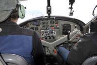 N424KT @ IN FLIGHT - K2 Aviation Dash 3