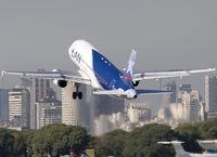 LV-BOI @ SABE - Taking off RWY 13. - by Jorge Molina