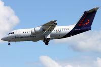 OO-DJP @ LSGG - Landing in 03 from Bruxelles