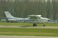D-EOLP @ EHSE - This German Cessna was temporarlly based at Seppe Airport for the local para club. - by lkuipers
