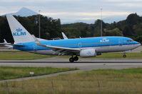 PH-BGK @ LSGG - Landing in 23 from Amsterdam