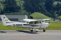 D-EEDC @ LOWZ - Taxiing to runway 08 approaching the evening for a nice Alpenflug. - by Jorrit de Bruin