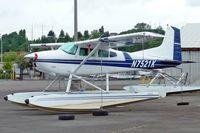 N7521K @ RNT - 1976 Cessna 180J, c/n: 18052660