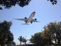B-2082 @ KLAX - 777F landing 24R