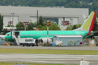B-5671 @ RNT - B737 for Shenzen on pre-flight checks at Renton