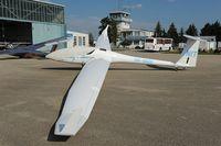 OM-8800 @ LZNI - DG Flugzeugbau DG1000