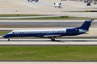 N270SK @ KATL - Embraer ERJ-145LR [145304] (United Express/Chautauqua Airlines) Atlanta-Hartsfield~N 12/04/2010.