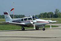 N8322Y @ I74 - 1967 Piper PA-30