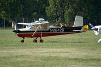 N8642B @ I74 - 1957 Cessna 172