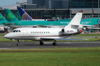 CS-DFK @ EIDW - Lined up for departure off Rwy 28 at EIDW. - by Noel Kearney
