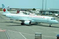 C-FNAX @ CYVR - 2008 Embraer ERJ 190-100 IGW, c/n: 19000151