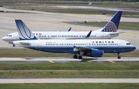 N488UA @ TPA - United A320