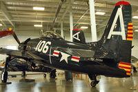 N800H @ PAE - 1949 Grumman F8F-2, c/n: 121752