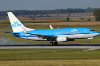 PH-BGX @ VIE - KLM - Royal Dutch Airlines - by Chris Jilli