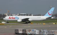 PH-AHX @ EHAM - Taxiing, Scrap in 06/2014