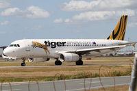 VH-VNK @ YBBN - Tiger Airways Australia Airbus A320 - by Thomas Ranner