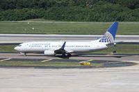N37263 @ TPA - Continental 737-800