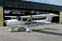 OE-KLP @ LOXN - Cessna 172S Skyhawk SP [172S-8814] Wiener Neustadt West~OE 12/07/2009