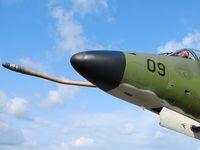 909 @ LFBC - SINGAPORE AIR FORCE - CAZAUX LFBC - by Jean Goubet-FRENCHSKY