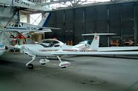 OE-9445 @ LOAN - Diamond HK-36TTC Super Dimona [36650] Weiner-Neustadt Ost~OE  17/04/2005