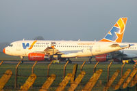 EI-ECY photo, click to enlarge