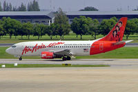 9M-AAR @ VTBD - Boeing 737-3T0 [23358] (Air Asia) Bangkok~HS 30/10/2005 - by Ray Barber