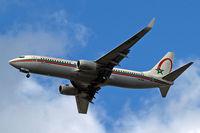 CN-RNU @ EGLL - Boeing 737-8B6 [28987] (Royal Air Maroc) Home~G 29/08/2009 - by Ray Barber