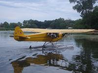 N98413 @ 96WI - float plane piper cub - by christian maurer
