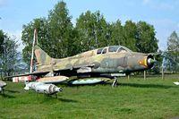 98 11 @ ETHT - Sukhoi Su-22UM-3K Fitter-G [N17532370810] Cottbus~D 06/05/2002