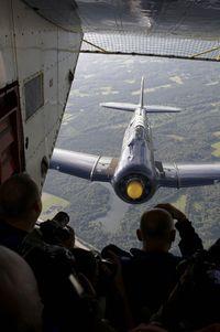 N13FY @ INFLIGHT - T6 in flight