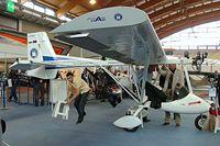 LZ-DAC @ EDNY - DAR Aircraft Solo [5010-003] Friedrichschafen~D 04/04/2009