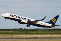 EI-DLD @ LFMP - RYR68D taking off rwy 33 to Charleroi - by Grizzly
