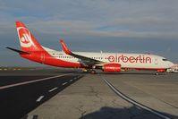 D-ABMG @ LOWW - Air Berlin boeing 737-800 - by Dietmar Schreiber - VAP