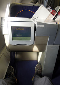 D-AIHI - Plenty of legroom (FRA-YYZ) - by Micha Lueck
