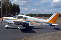 OH-PDT @ EFOP - Piper PA-28-140 Cherokee [28-7525077] Oripaa~OH 15/05/2003