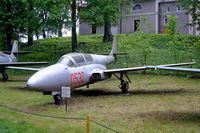 0530 - PZL-Mielec TS-11 200Art bis[C] Iskra [1H05-30] Drzonow-Lubuskie~SP 16/05/2004 - by Ray Barber