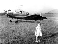 F-BGLL - photo  prise aerodrome de Vizil France 1960 approx - by P. Boulet