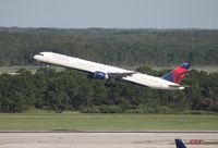 N592NW @ MCO - Delta 757-300