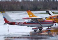 N73321 @ KBLI - Cessna 172M Skyhawk at the Bellingham Intl. Airport, Bellingham WA
