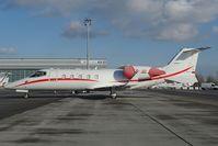 ES-III @ LOWW - Learjet 60