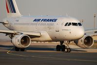 F-GUGL @ LFPG - AF7622 to Bordeaux - by Jean Goubet-FRENCHSKY