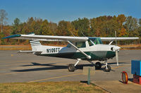 N10977 @ 4A6 - On the way from Chattanooga, TN to Huntsville, AL passed by the Scottsboro Airfield. Thirty years ago I had the opportunity to fly to this airfield. - by Wilfried_Broemmelmeyer