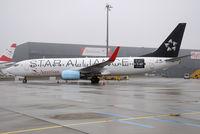 OE-LNT @ LOWW - Austrian Airlines (Star Alliance) - by Martin Nimmervoll