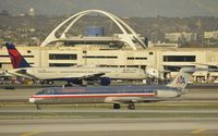 N965TW @ KLAX - Taxiing to gate