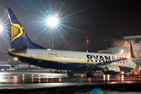 EI-DHF @ EPKK - Ryanair
