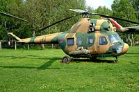 380 @ ETHT - Mil Mi-2 Hoplite [562249032] Cottbus~D 06/05/2002 - by Ray Barber