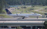 N14107 @ MCO - United 757