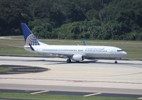 N73275 @ TPA - Continental 737-800