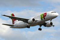 CS-TNQ @ EGLL - TAP A320 - by FerryPNL